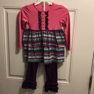 Girls matching set size 4